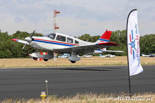 PH-DRT Piper PA28 181 Archer II met André Kuipers als vlieger
