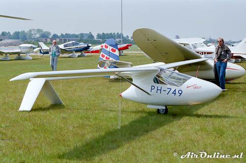 De echte PH-749 American Eaglet in 1986 op Hoogeveen