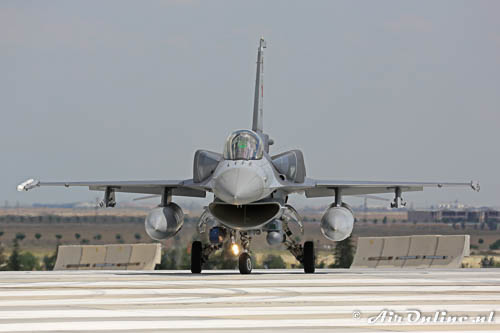 01-1012 General Dynamics F 16C Fighting Falcon TuAF