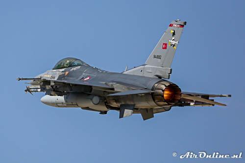 94-0082 General Dynamics F 16C Fighting Falcon TuAF
