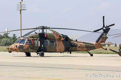 130441 Sikorsky S-70A TuAF