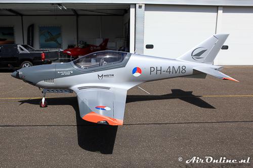 PH-4M8 Blackshape Prime BS-100 in vol ornaat (Lelystad 9 juni 2016)