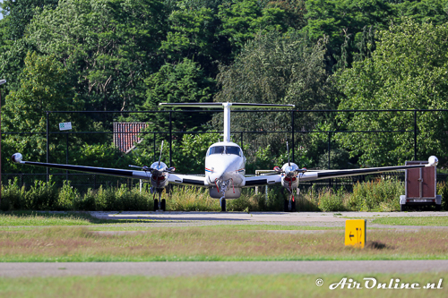 OO-AIS Beech 200T Super King Air