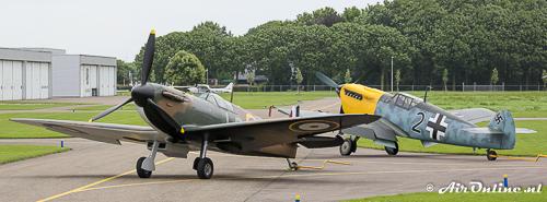 G-AIST/R9632 Supermarine Spitfire Mk.1a + G-AWHK Hispano HA-1112-M1L Buchon