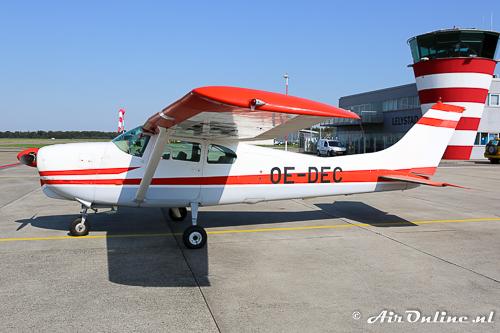 OE-DEC Cessna 210 Centurion