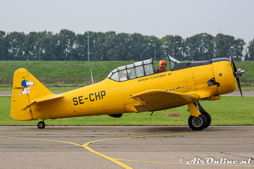 SE-CHP North American AT-6A Texan met Arie Bogaerds Jr. & Sr.
