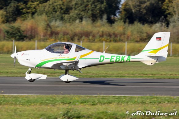 D-EBKA Aquila A-210 AT01