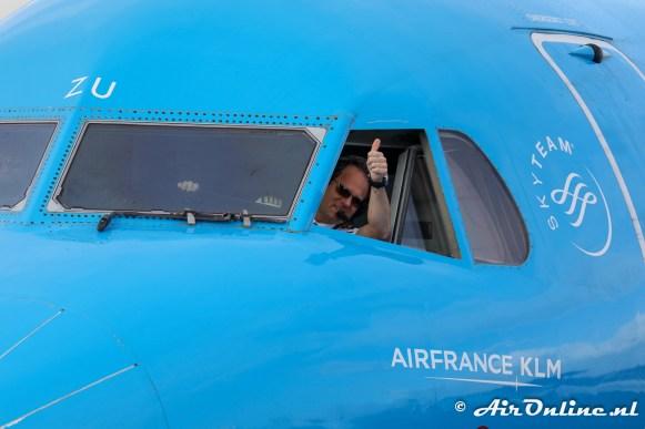 PH-KZU Fokker 70 KLM CityHopper