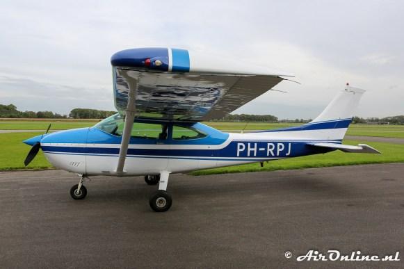 PH-RPJ Cessna 182R Skylane