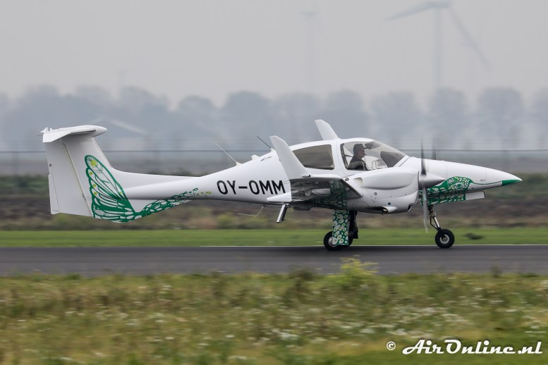 OY-OMM Diamond DA 42 NG Twin Star