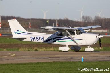 PH-STW Cessna 172R Skyhawk II