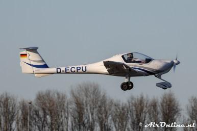 D-ECPU Diamond DA20A-1 Katana bij de start van de examenvlucht