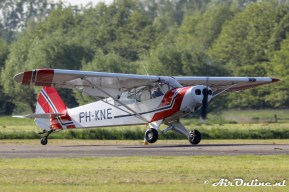 PH-KNE Piper PA-18-135 Super Cub
