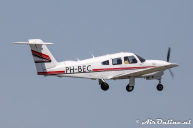 PH-BEC Piper PA-28RT-201T Turbo Arrow IV