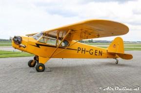PH-GEN Piper J3C-65 Cub