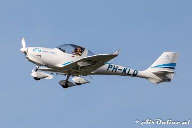 PH-KLQ Aquila A 210