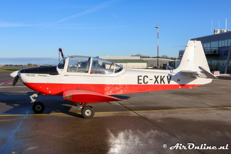 EC-XKV SIAT (Avion Terrestre) 223A-1 Flamingo