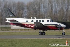 2-ZEUZ Beech C90A King Air