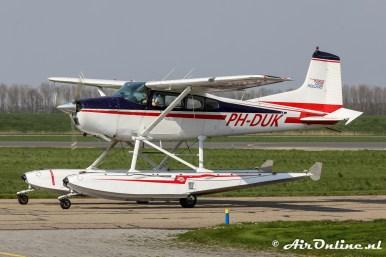 PH-DUK Cessna 185 Skywagon