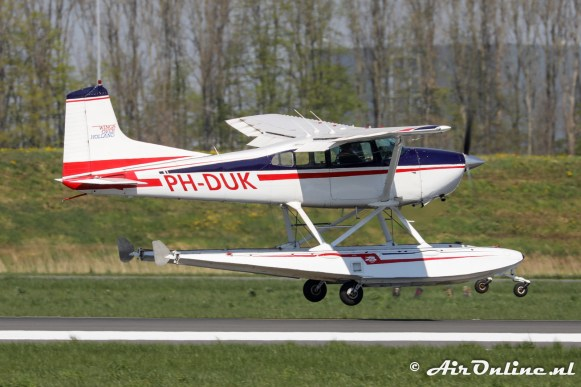 PH-DUK Cessna 185 Skywagon