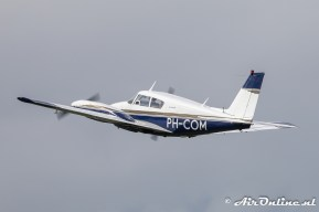 PH-COM Piper PA-30-160 Twin Comanche