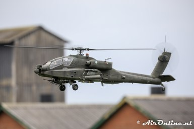 'Q-17' Boeing AH-64D Apache scale model
