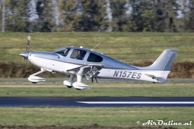 N157ES Cirrus SR22