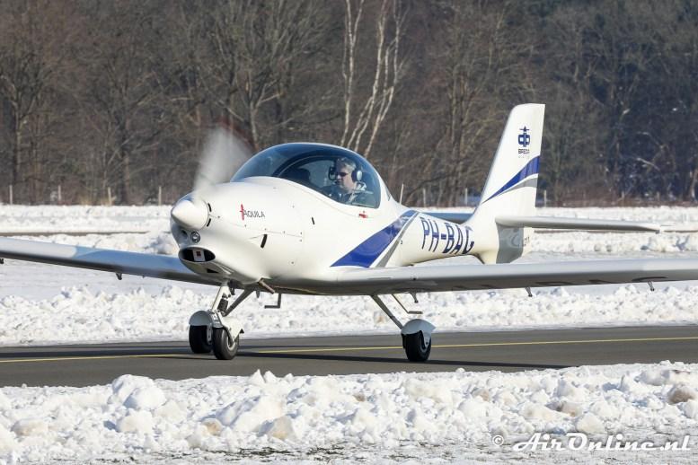 PH-BAG Aquila A211