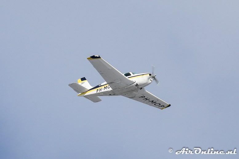 PH-MOP Beech F33A Bonanza