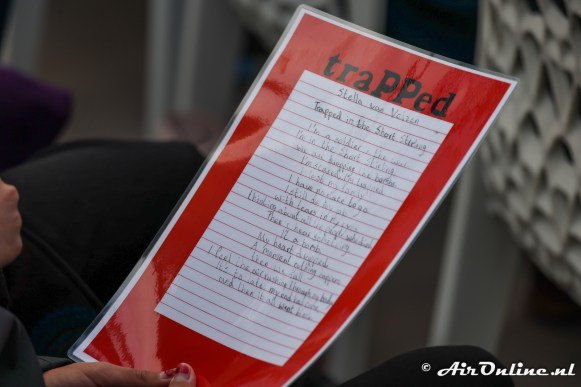 Het gedicht 'Trapped'