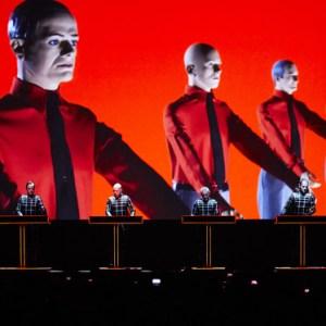 Zum Kraftwerk-Konzert mit dem Limousinenservice.