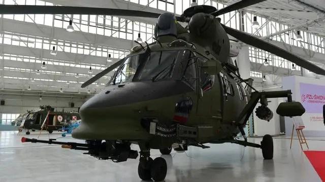 PZL Swidnik handed over W 3PL Gluszec and W 3RM Anakonda choppers to Poland 640 002