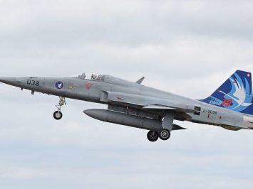 Swiss F-5E