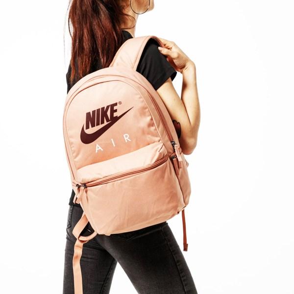 web-ba5777-605-sack-unisex-backpack-nike-hoodshop-1-riga-2-1