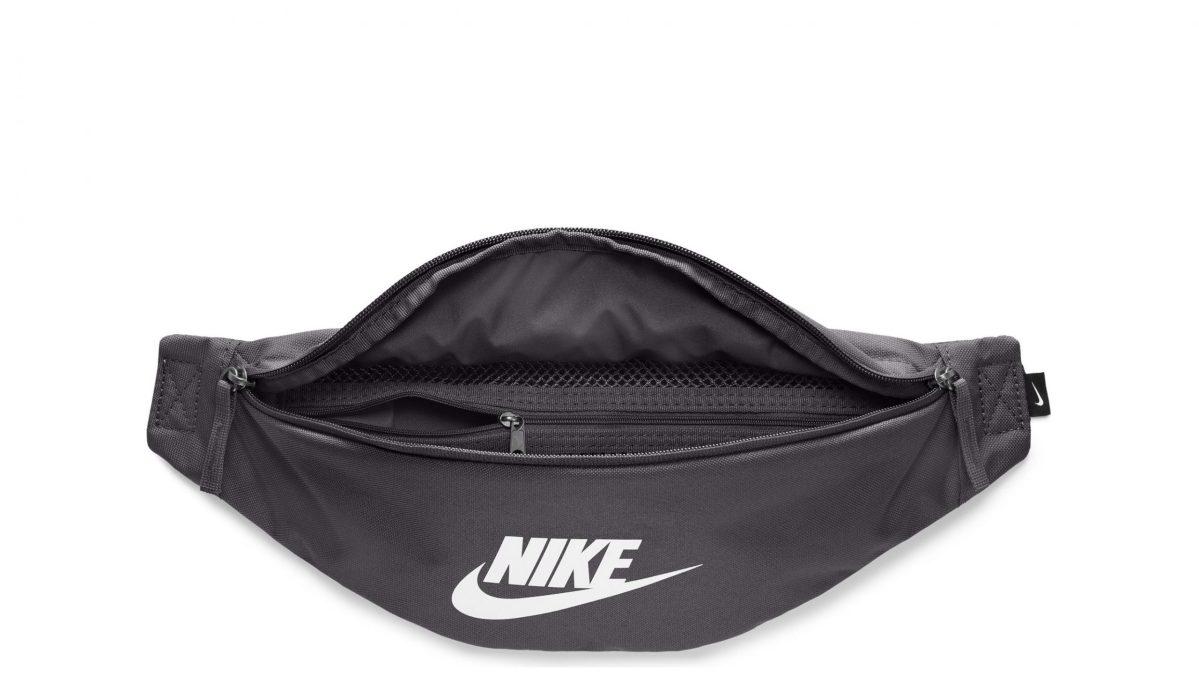 sac-banane-sportswear-heritage-black (2)