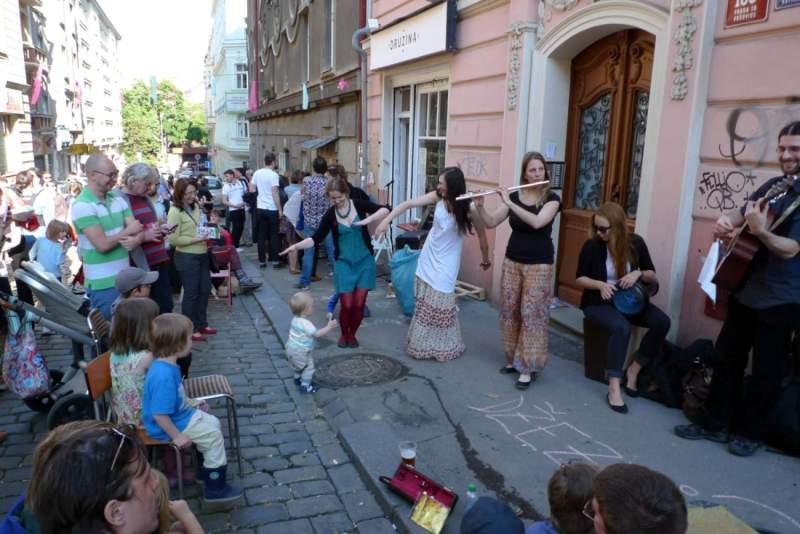 Visiter Prague: La rue Krymska est un peu spéciale!