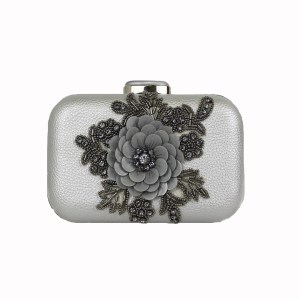 mini clutch modelo Poppy
