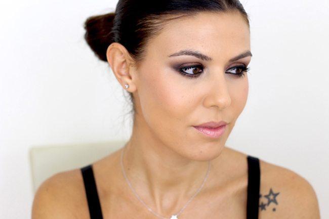 Maquillaje intenso de ojos3