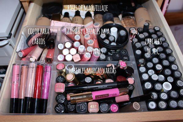 Mueble de maquillaje3