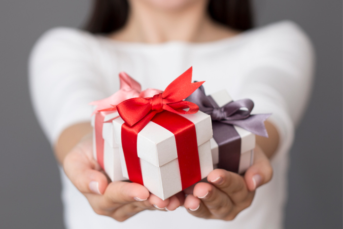 All of these are some special gift ideas to make your lady love to feel fantastic