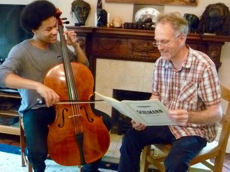 article library - practical cello articles - Photo of Ben Davies with Sheku Kanneh