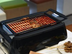 Kitchen gadget. Philips Smoke-less Indoor Grill