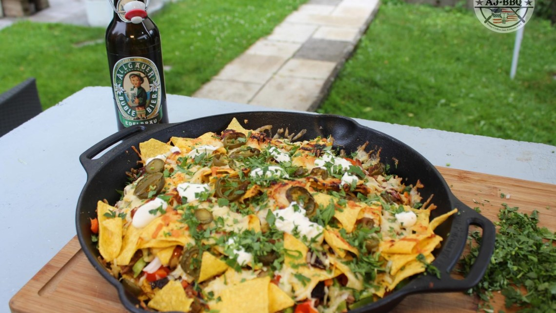 Pulled Pork Chili Cheese Nachos