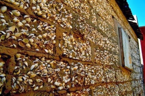 Fadiouth - Wall made from shell