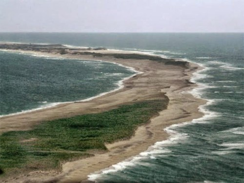 Sable Island - The Devourer Of Ships History, Story & Information in Hindi