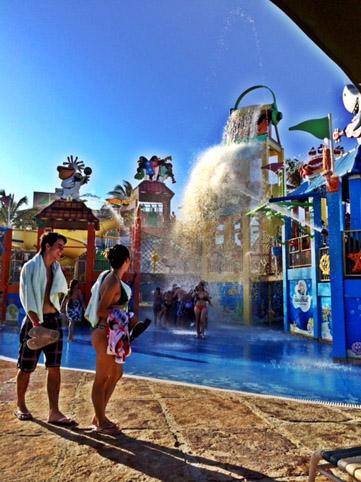 Beach Park Acqua Show