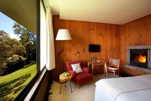 habitacion-doble-matrimonial-con-chimenea-hotel-antumalal-pucon.jpg.1024x0