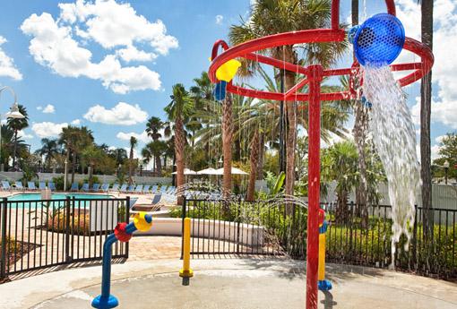 Four Points by Sheraton Studio City piscina