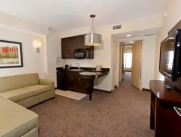 Ramada Plaza Resort & Suites International Drive Orlando sala