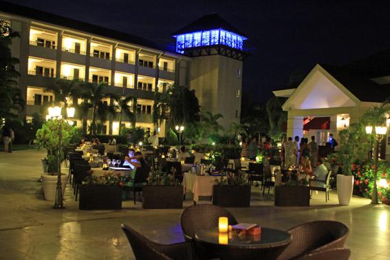 01 Restaurante a noite